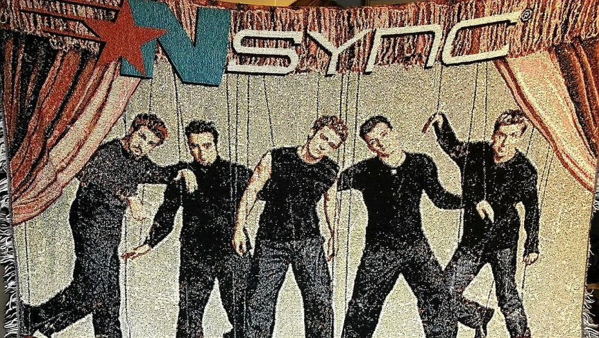 NSYNC WOVEN TAPESTRY STYLE THROW BLANKET BOY BAND MARIONETTE NO STRINGSATTACHED